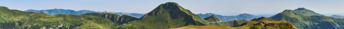 cropped-15063-france-Cantal-Le-Puy-Mary-depuis-le-Puy-de-la-Tourte-panorama-sentucq.h.jpg